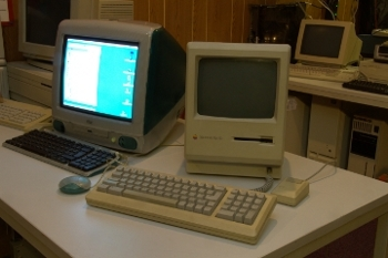 Hardware Apple Macintosh Plus ED picture.jpg