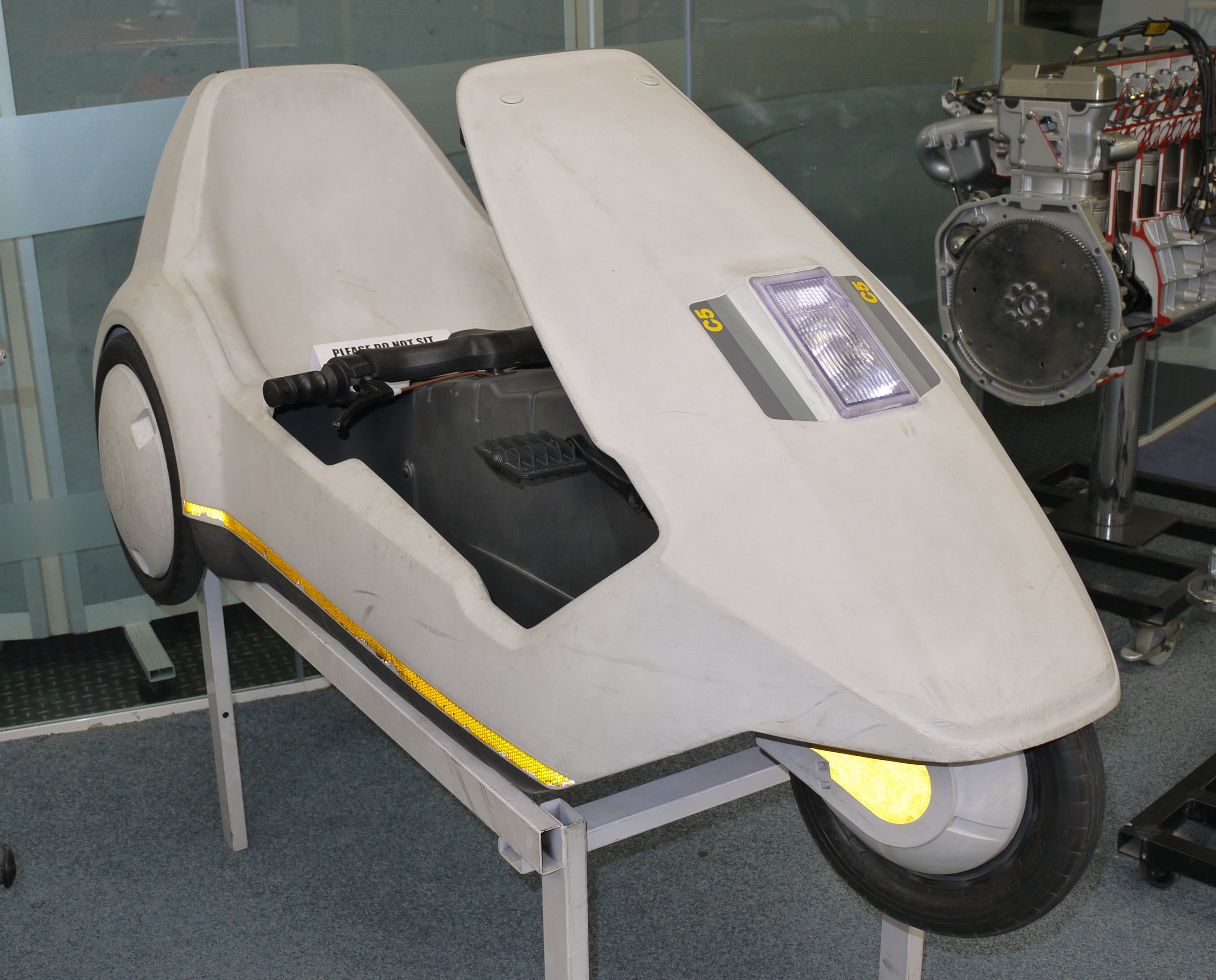File:SinclairC5_Picture.jpg